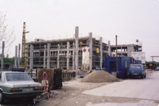 Bau des Verlagsgebäudes HUSS VERLAG